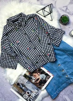 Стильная рубашка оверсайз в клетку с вышивкой оверсаййз topshop