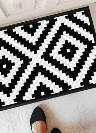 Необычный придверный коврик