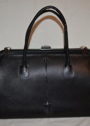 Деловая кожаная сумка