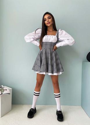 Школьное приталенное хлопковое платье с пышной юбочкой