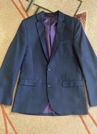 Фирменный пиджак next