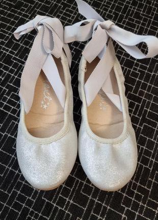 Туфли балетки для девочки бренда next