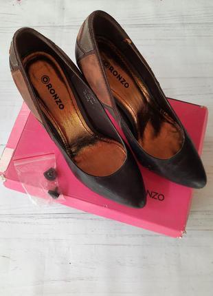 Туфлі ronzo
