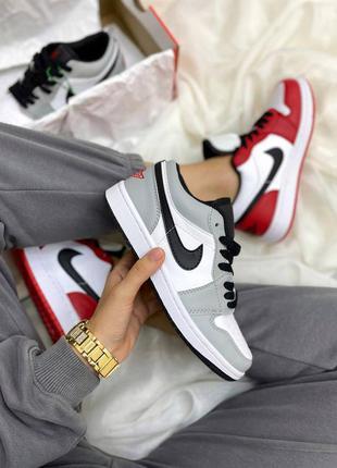 Женские стильные осенние кроссовки nike air jordan 1 low gray