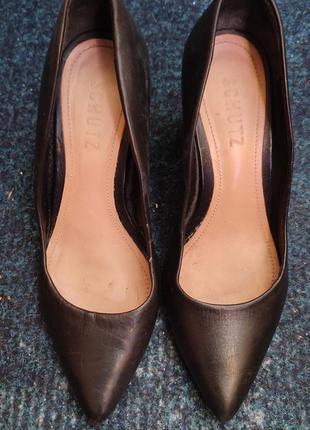 Кожаные туфли на устойчивом каблуке р.36 (23 см)