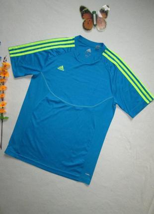 Яркая спортивная футболка adidas оригинал