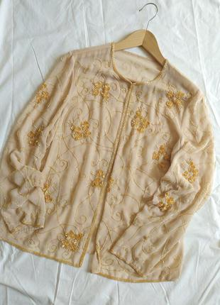 Кардиган с вышивкой из бисера