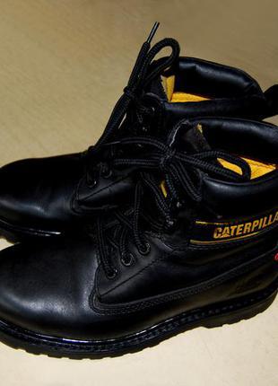 1193213fd Caterpillar – чёрные кожаные ботинки унисекс именитого бренда, р. 40  (стелька 25,