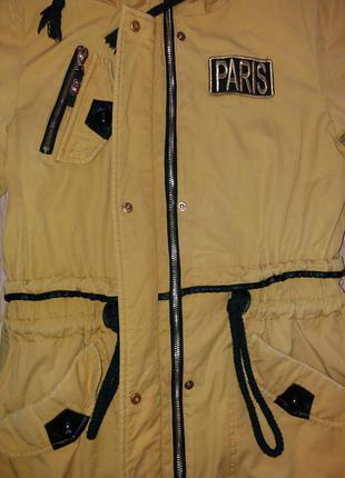 Модная демисезонная курточка-парка горчичного цвета olanmear collection2