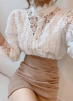 Женская белая кружевная блуза