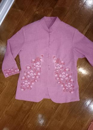 Блейзер с вышитыми вставками пиджак