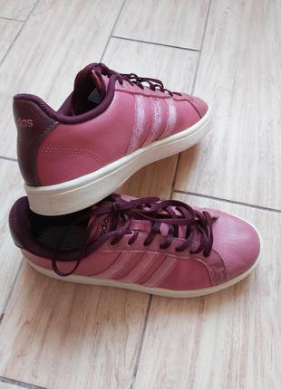 Розовые кеды кроссовки adidas
