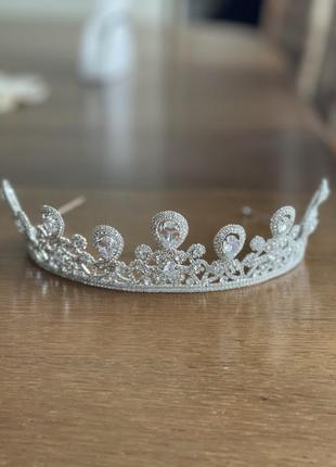Корона , діадема, тіара , диадема, тиара
