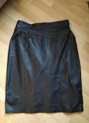 Кожаная юбка черная l