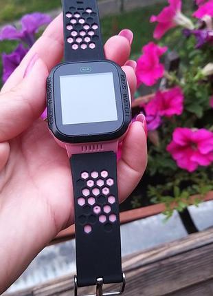 Детские часы smart q528 с gps трекером розовые фонарик камера много функциональные