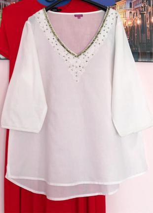 Натуральна блуза з декором