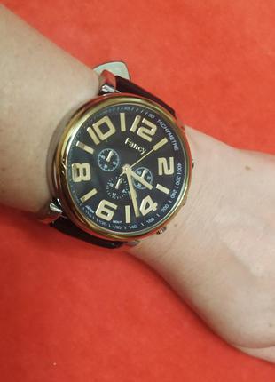 Часы водонепроницаемые fancy