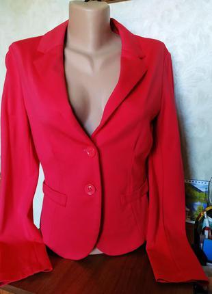 Пиджак жакет кораллового цвета италия