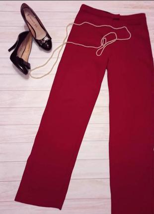 Бордовые красные прямые брюки