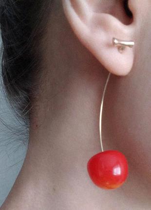 Красные серьги вишенки. серьги женские красивые. красивая бижутерия красная. модные аксессуары