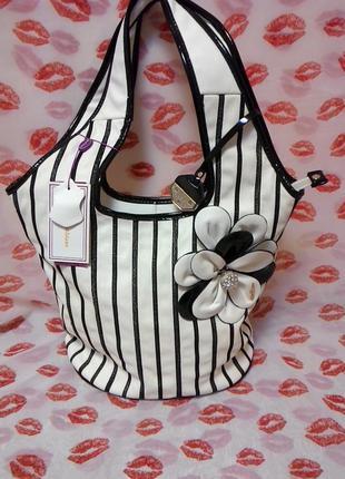 Фирменная сумочка