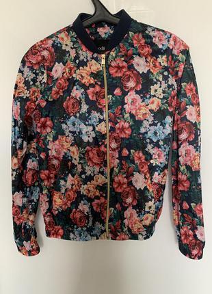 Вітровка куртка кофта