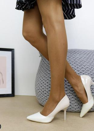 Туфли лаковые бежевые, женские туфли лодочки бежевые, женские лодочки бежевые