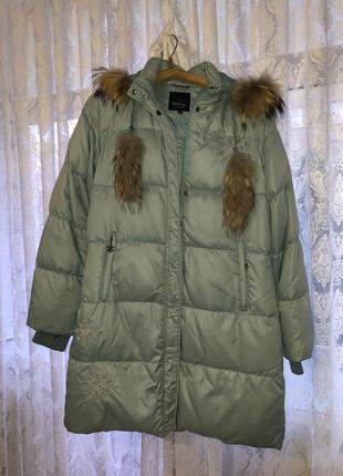 Зимова куртка пуховик женский