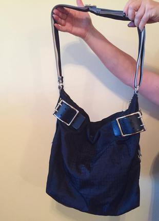 Чёрная тканевая сумка dkny