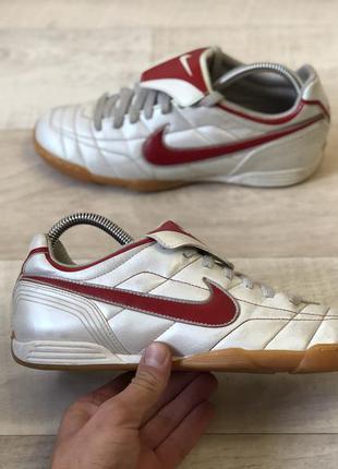 Nike футзалки бампи оригінал