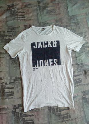 Брендовая футболка фирмы jack &jones gore.s-ка.