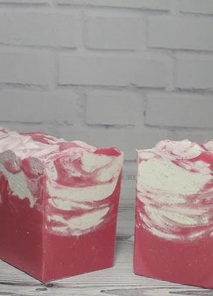 Натуральное шелковое мыло персик, магнолия, малина