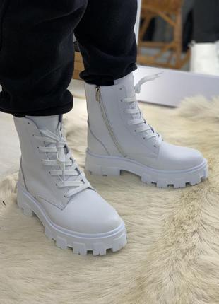Белые ботинки кожа натуральная