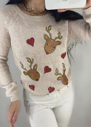 Нежный зимний новогодний свитер с оленями