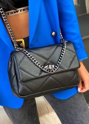 Натуральная кожаная сумочка стёганая на длинной цепочке кроссбоди через плечо чёрная