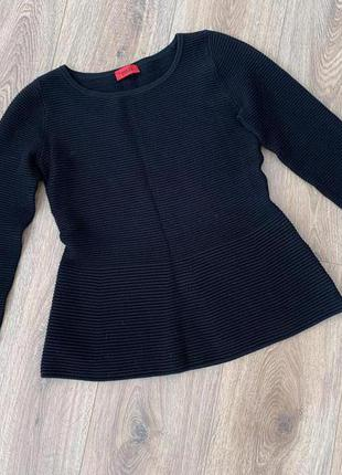 Пуловер, свитер с баской hugo boss, р.хс