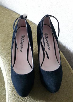Туфли на платформе 37р