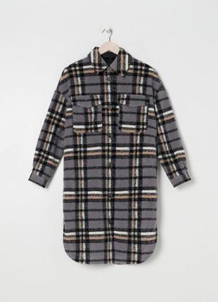 Пальто-рубашка sinsay, очень тёплое.