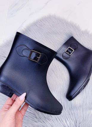 Резиновые ботинки сапоги сапожки