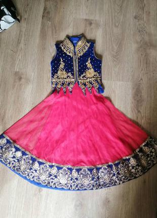 Индийский костюм  восточная красавица.