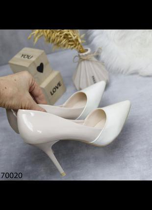 Лодочки туфли на каблуке 10 см бело бежевые