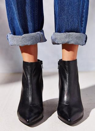 Кожаные ботинки ботильоны vagabond