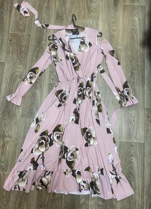 Длинное платье на выписку