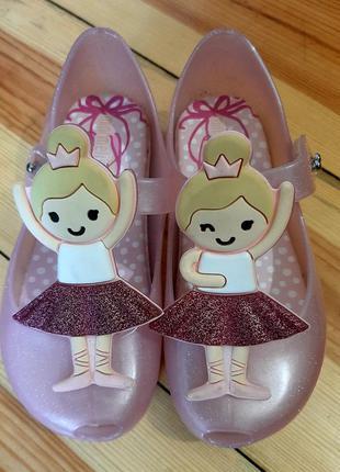 Туфельки mini melissa
