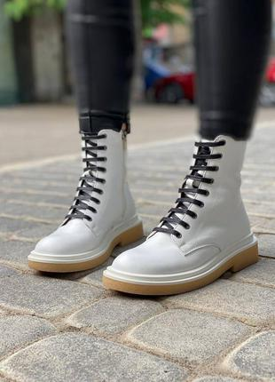Женские демисезонные ботинки в192-02
