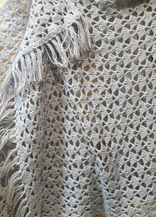Шикарный шарф нежно голубого цвета