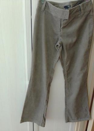 Вельветовые женские джинсы h&m  р. 38.