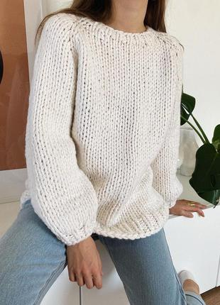 Базовый оверсайз свитер