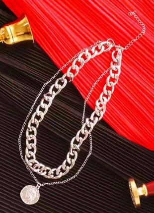 Двойная цепочка ожерелье.