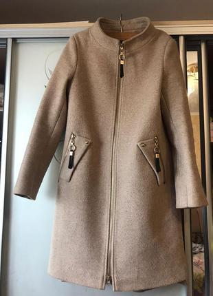 Пальто с капюшоном  , весенне-осеннее